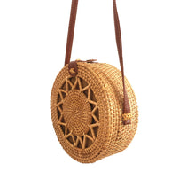 Load image into Gallery viewer, Rattan bag
