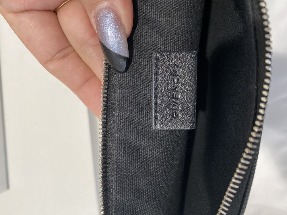 Givenchy Pervert 17 Pouch
