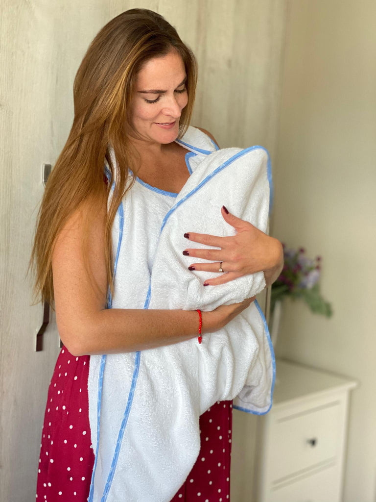BABY TOWEL - The hands-free towel at $39.9 from Vila Kids