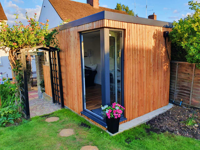 Case Study: Buckinghamshire - Medium Garden Room