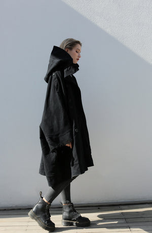 【Irregulation】Black Oversized Trench Coat
