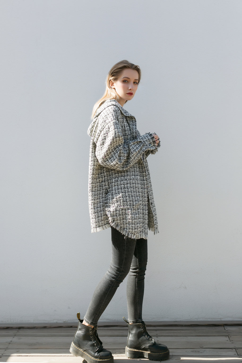 【Non-traditonalism】Wool-tweed Oversized Coat | Tone of Black&White