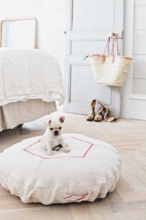 Vintage Hemp Doggie Bed