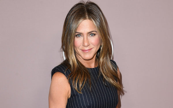 Actress Jennifer Aniston who uses CBD Oil