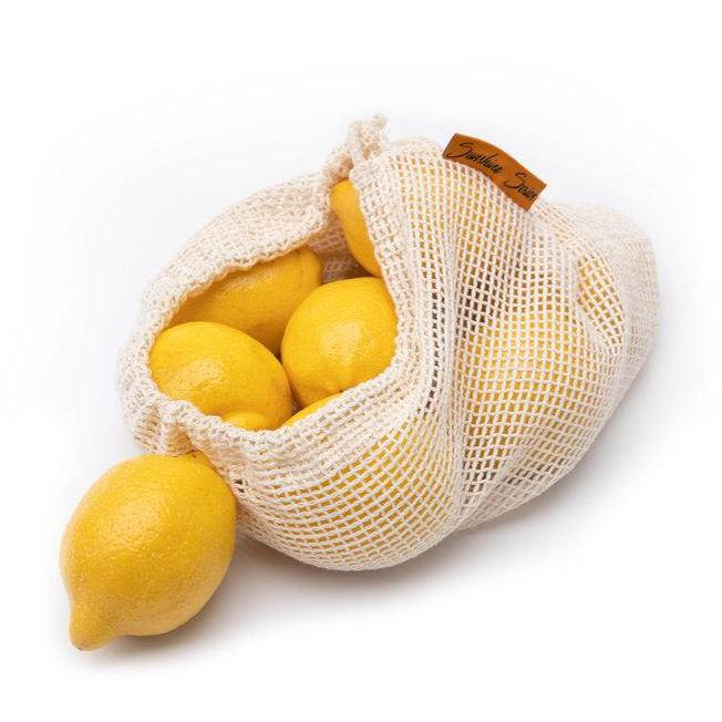 Sunshines Series mesh bag with lemons inside