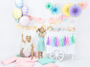 La di dah London Pastel party decorations. Children's birthday party pale blue, pink, purple, mint decorations including balloons and garlands.