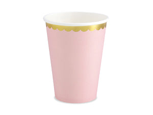 La di dah London pastel party, pale pink cups with gold rim. Perfect party cup for a birthday party celebration.