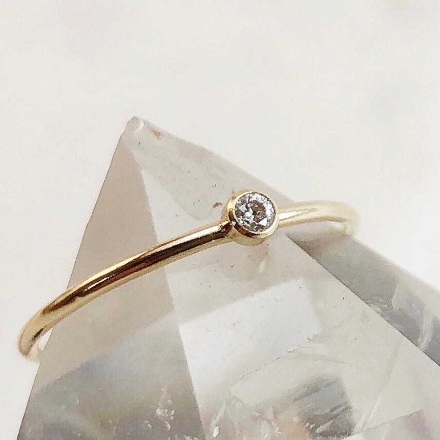 TINY DIAMOND | RING