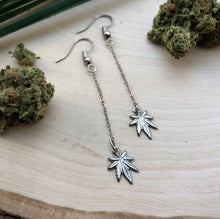 Load image into Gallery viewer, weed earrings