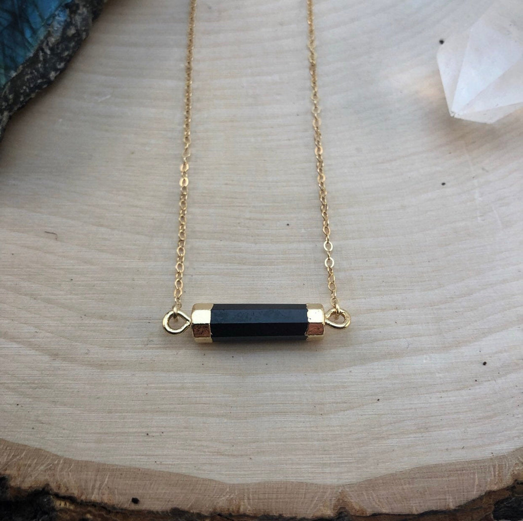 ONYX BAR | NECKLACE