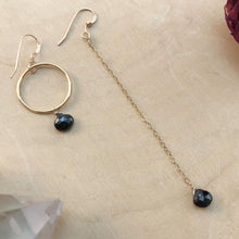 Load image into Gallery viewer, BLACK SPINEL | MISMATCH EARRINGS
