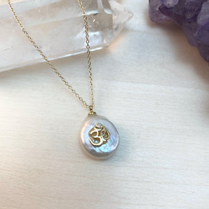 OM PEARL | NECKLACE