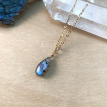 Load image into Gallery viewer, MAGIC | NECKLACE