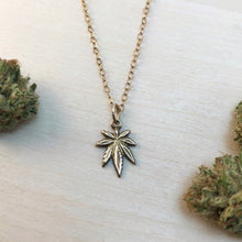 Load image into Gallery viewer, MARYJANE | NECKLACE