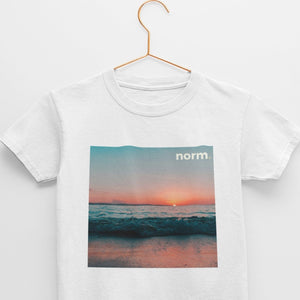 Danny youth tee. norm. White S