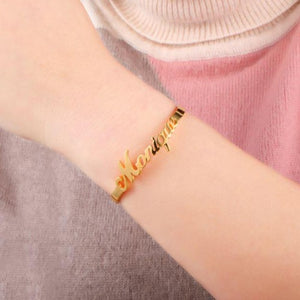 TrulyCraved Classic Name Bangle