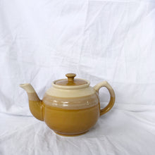 Load image into Gallery viewer, Stoneware Teapot Japan