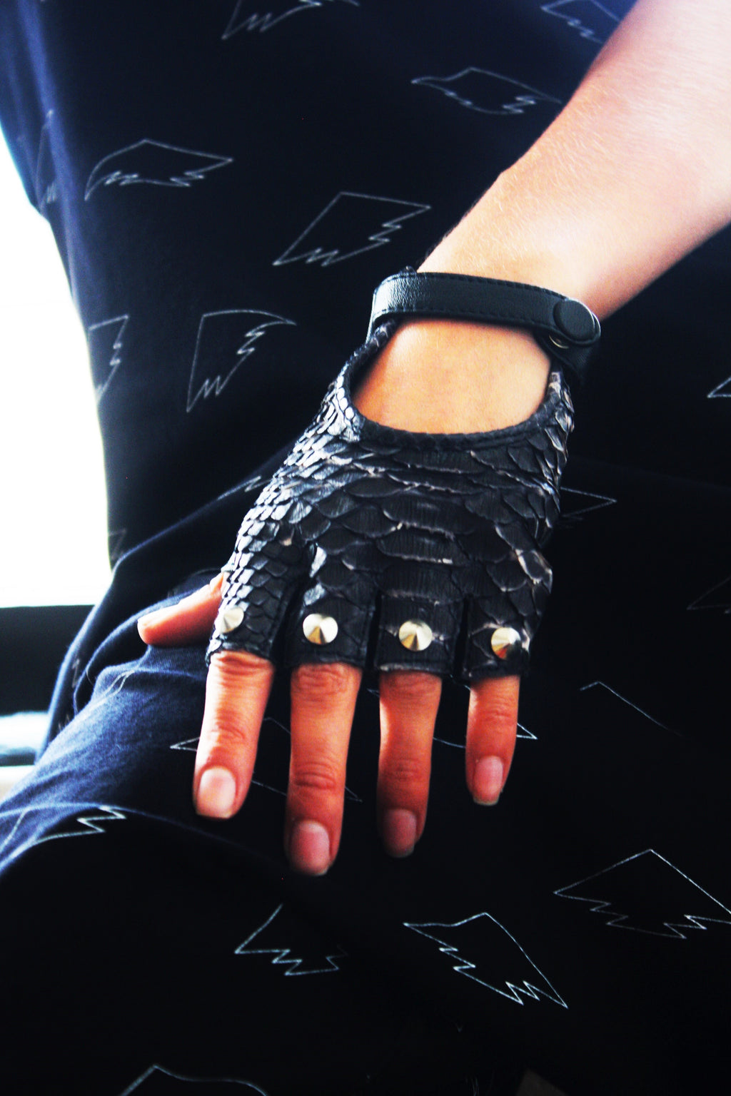 Snake Skin Studded Gloves
