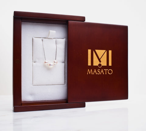 Trio Pearl Pendant Necklace with custom packaging