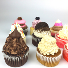 Load image into Gallery viewer, Mixed Flavour Cupcake Box