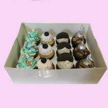 Load image into Gallery viewer, Mixed Mini Cupcake Box - 1