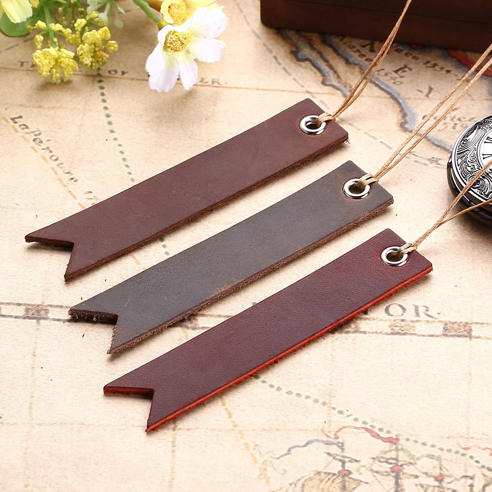 Set Of Retro Leather Bookmark - Iguana