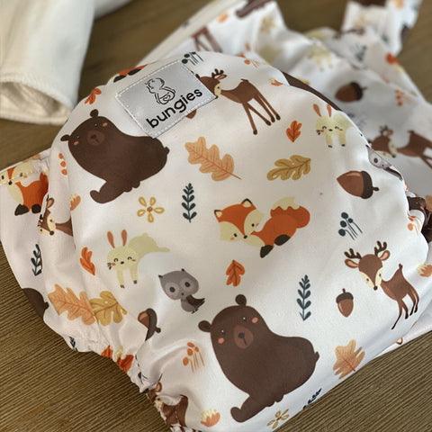 Forest Friends Pocket Cloth Diaper with 1 Hemp Insert and 1 Bamboo Cotton Insert and Matching Wetbag - SEPTEMBER - Bungies Diapers
