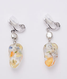 〈mellow〉DEBRIS FLOWER EARRINGS /デブリフラワーイヤリング(YELLOW)