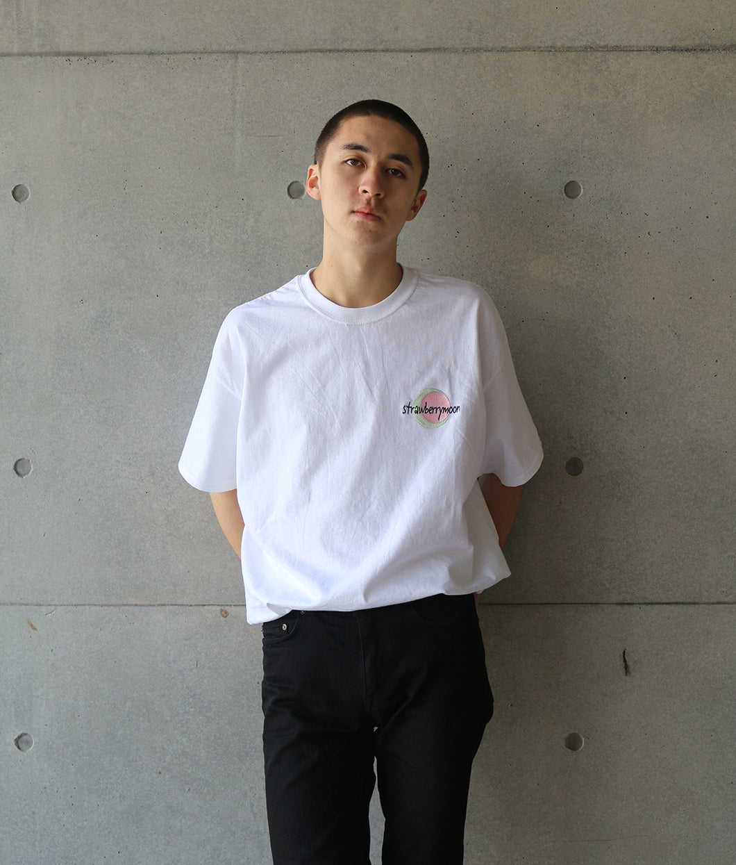 〈GLANCE〉STRABERRY MOON T-SHIRT/ストロベリームーンTシャツ(WHITE)