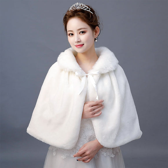 71601 - Ivory Tied Front Faux Fur Capelet