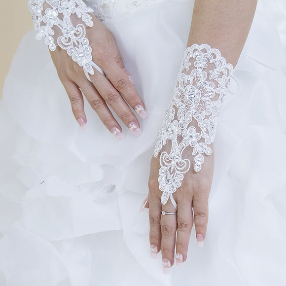 32501 - Fingerless Short Rhinestone and Lace Gloves