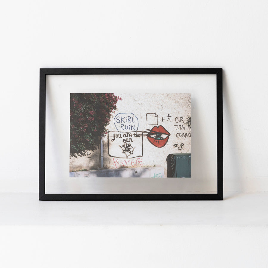 Graffiti wall / A4 bk frame