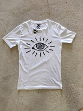 Load image into Gallery viewer, Fatum Bige Eye T-shirt White