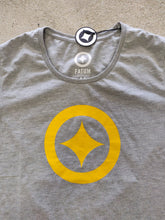 Load image into Gallery viewer, Fatum Womens Lone Star T-Shirt - Grey and Gold