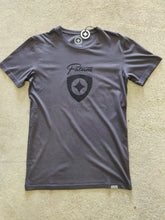 Load image into Gallery viewer, Fatum Plectrum T-Shirt Grey