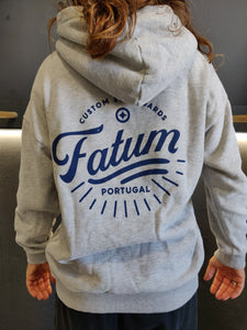 Fatum Sunrise in Concrete Grey. Model is wearing an S and is 164cm tall and 50kgs.