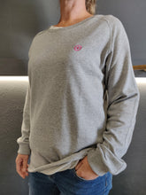 Load image into Gallery viewer, Fatum Ladies Crew - Grey