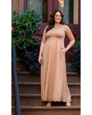 Kiyonna Womens Plus Size Special Edition Leona Lace Gown Shimmering Sand