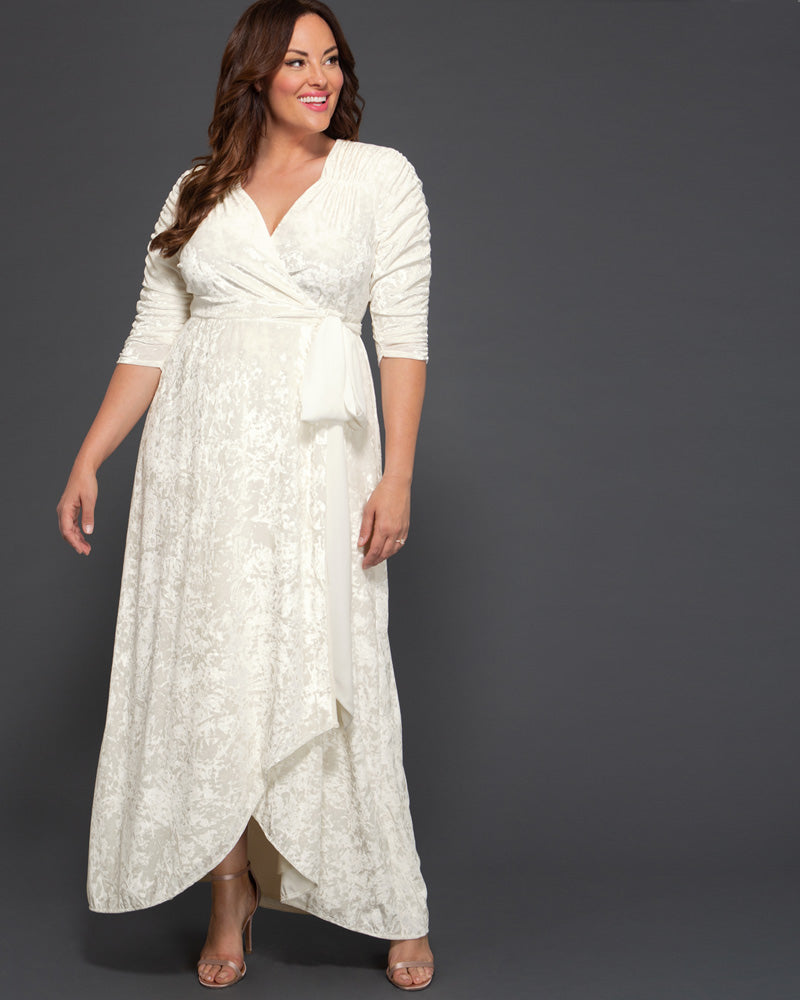 Kiyonna Womens Plus Size Vie En Velvet Wedding Dress