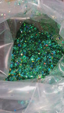 Load and play video in Gallery viewer, Emerald Green chunky glitter mix