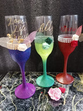 Load image into Gallery viewer, Personalised Glittered Champagne Flute
