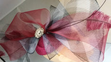 Load image into Gallery viewer, Crinoli Trim Headpiece Fascinator