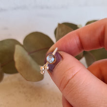 Load image into Gallery viewer, Rainbow moonstone ring