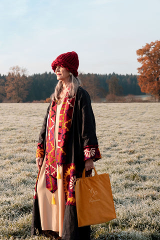 Multicolored Suzani vintage coat - Belle Ikat