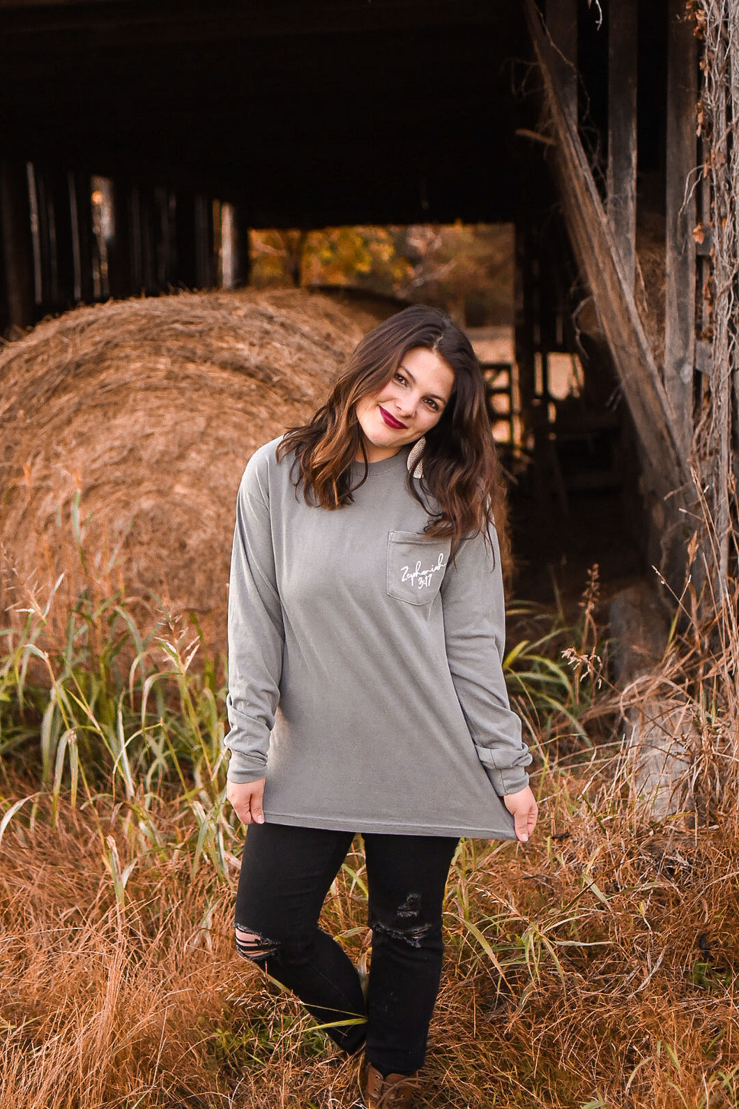 Zephaniah 3:17 Long Sleeve Pocket // Grey