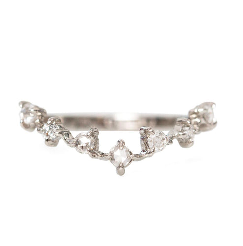 V Shaped Stacker Ring/18K White Gold & Premium Cubic Zirconia - infinityXinfinity.co.uk