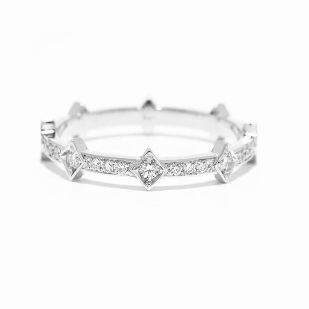 Crown Eternity With Side Stones Ring/18k White Gold & Premium Cubic Zirconia - infinityXinfinity.co.uk
