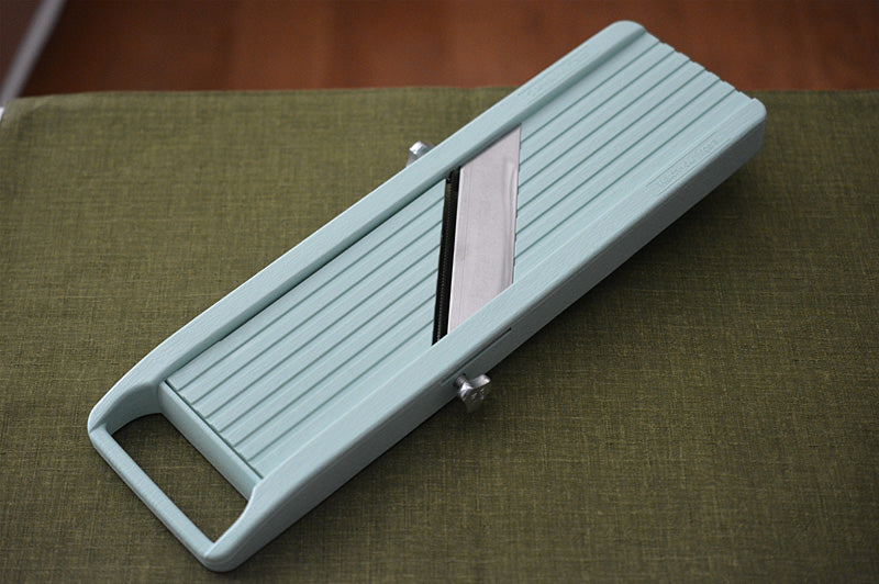 KA004 Japanese Mandoline vegetable slicer Benriner