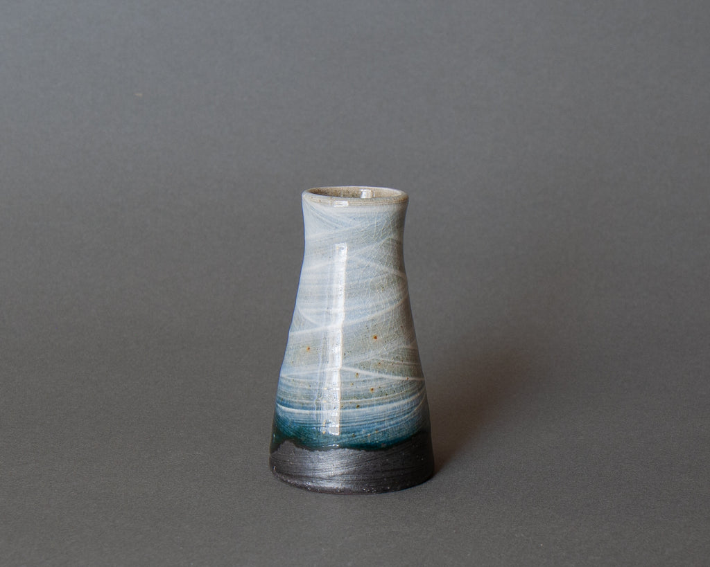 Shirogesho Mini Vase