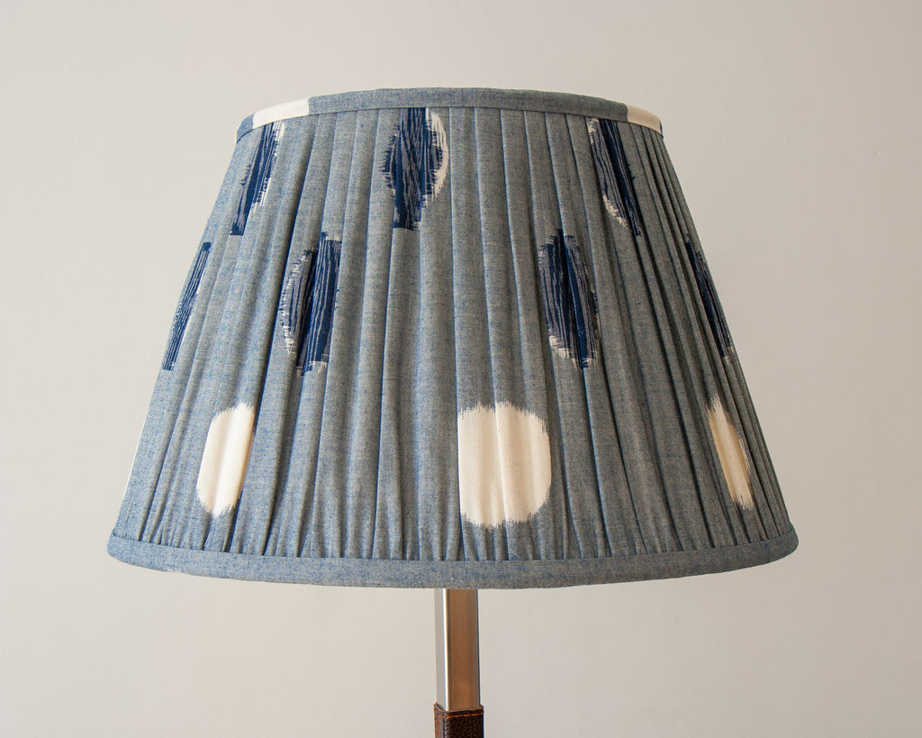 Sakata Gathered Lampshade Unlit